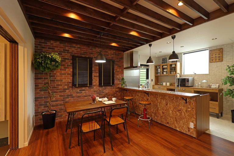 ブルックリン風住宅のダイニングキッチン